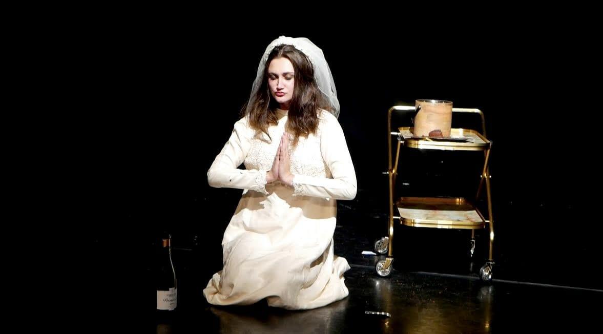 Laura Review Etcetera Theatre 2