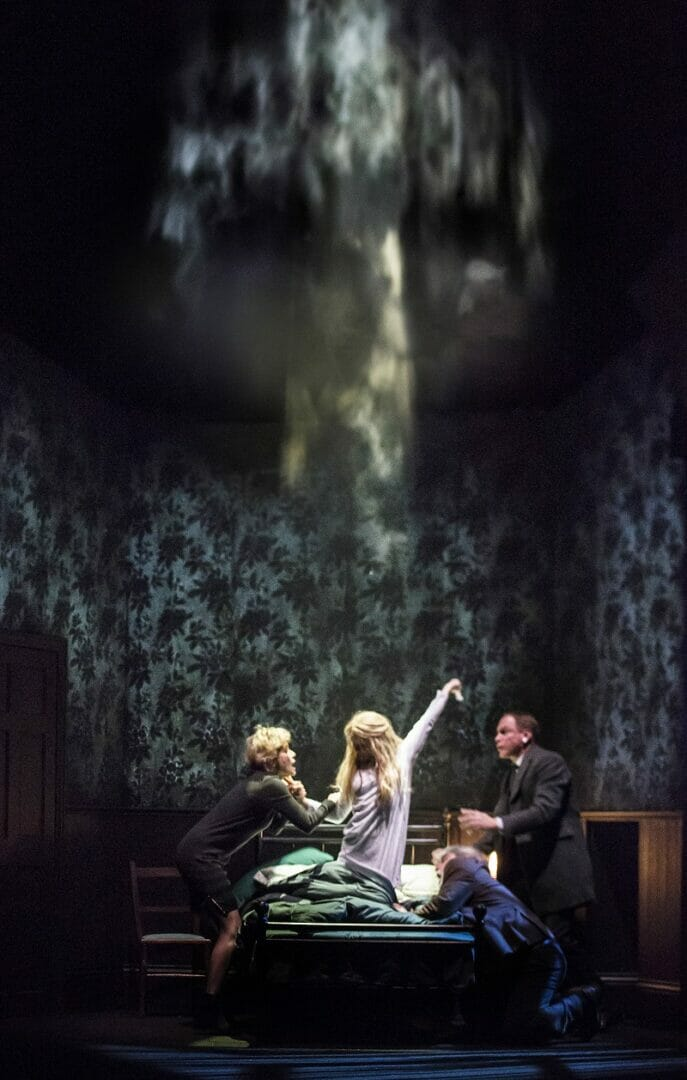 038a_The-Exorcist_Jenny-Seagrove-Chris-and-Clare-Louise-Connolly-Regan_Pamela-Raith-Photography