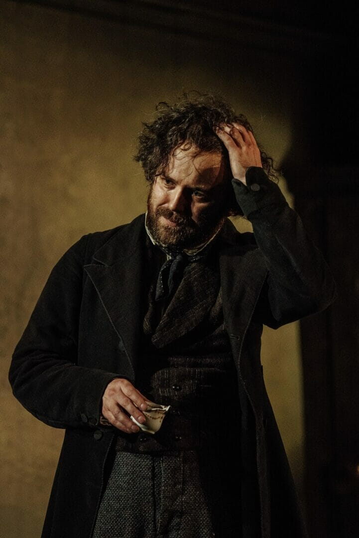 Rory Kinnear (Karl Marx) photo by Manuel Harlanq