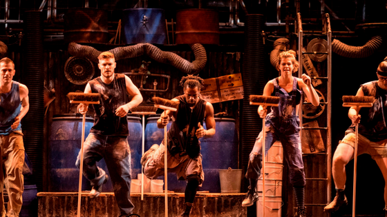 Stomp to Close in West End After 15 Years