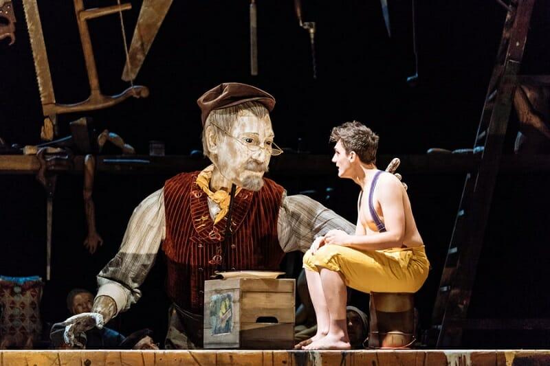 Geppetto-puppet-Joe-Idris-RobertsPinocchio.-Photographer-Manuel-Harlan