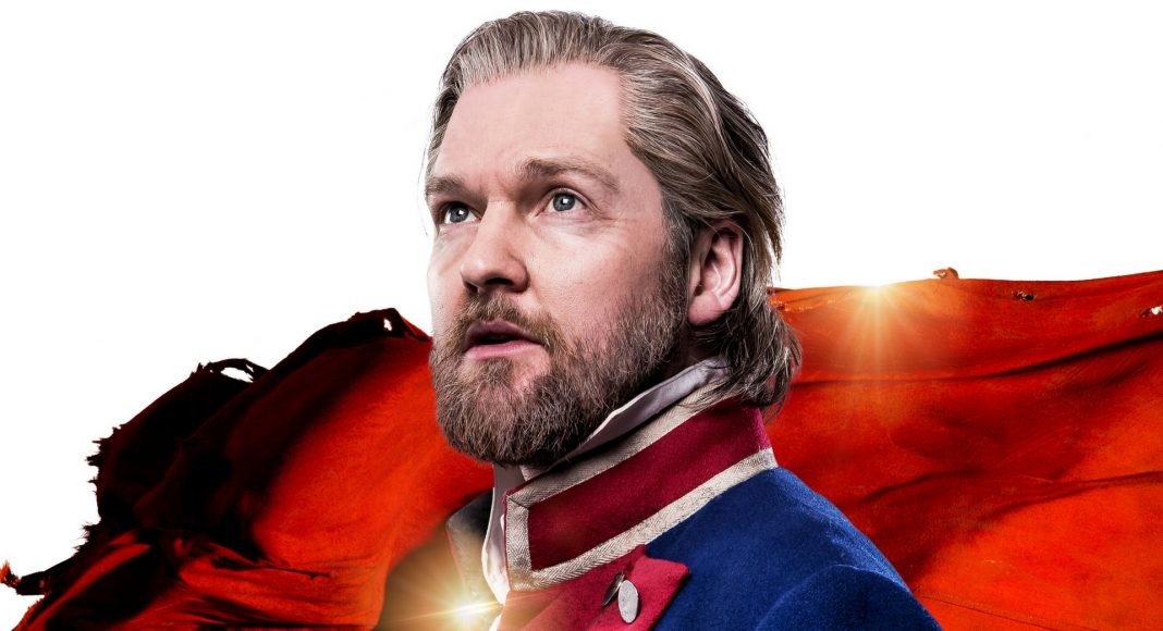 LES MISERABLES TOUR. Killian Donnelly 'Jean Valjean'. Photo Matt Crockett (1)