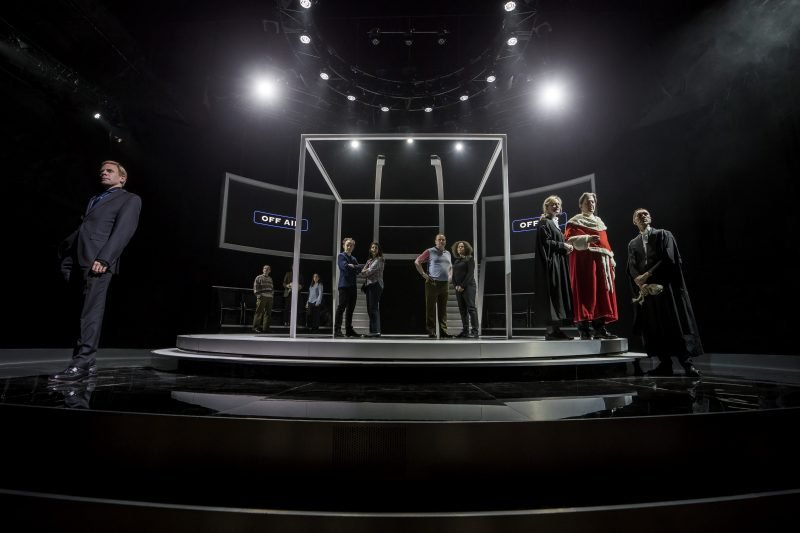 The company of Quiz. image by Johan Persson