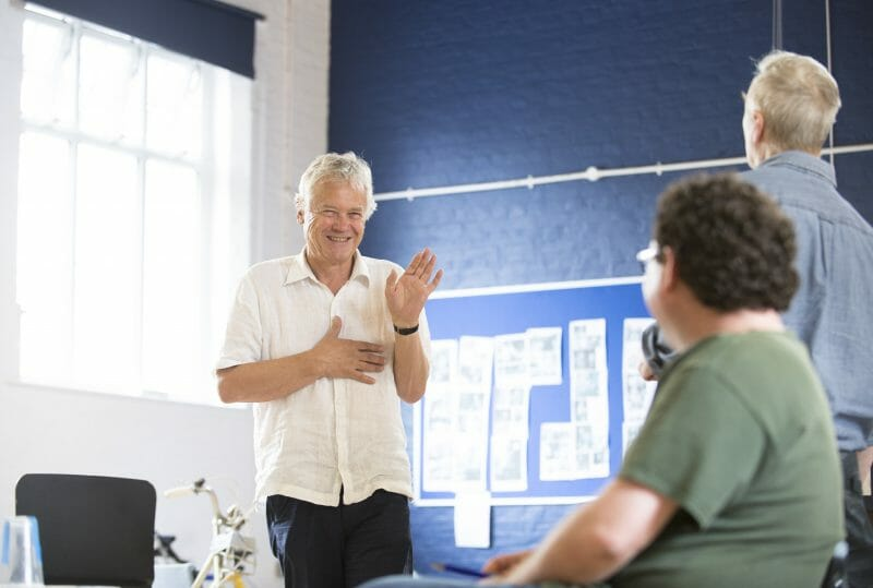 David Yelland in rehearsals for THE HABIT OF ART (c) James Findlay