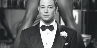 Duncan James as Billy Flynn in Chicago, credit Simon Turtle