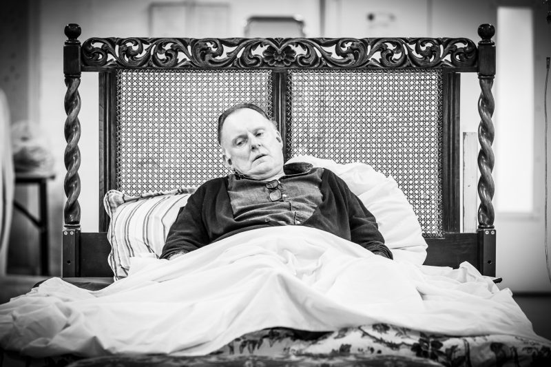 Robert Glenister in rehearsals for Pinter Four. Image by Marc Brenner.Pinter FOUR REH