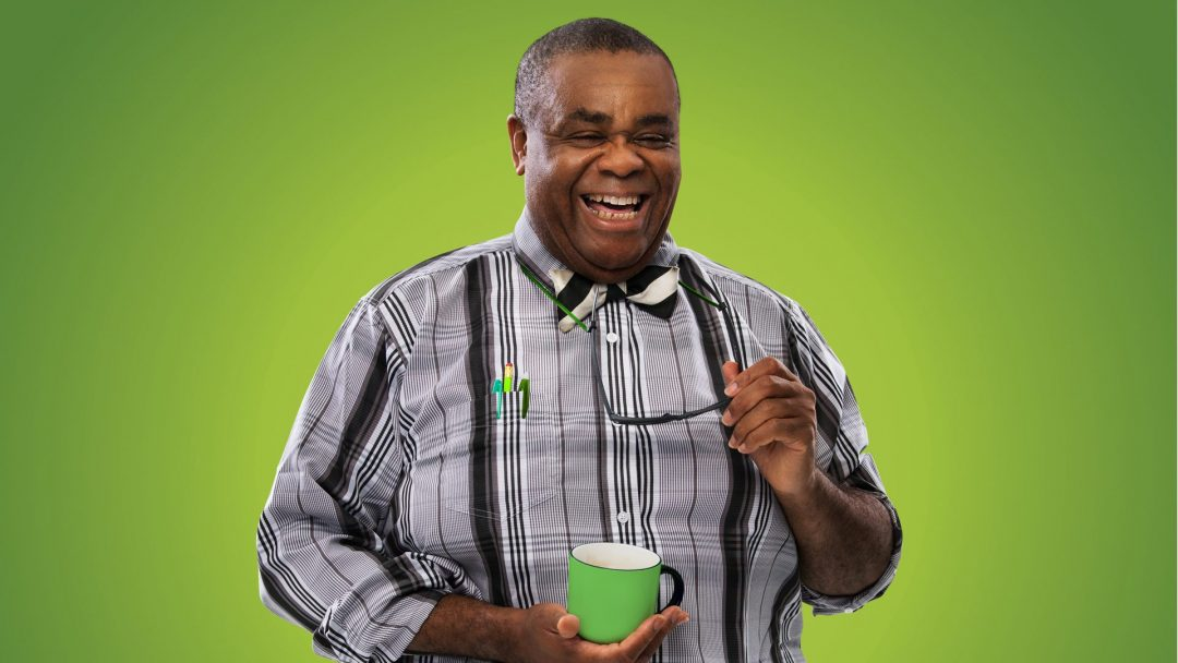 clive rowe as mr badger in in the willows