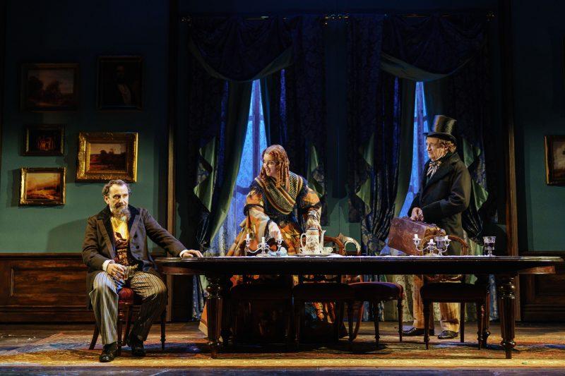 l r Phil Daniels Dickens Elizabeth Berrington Catherine and Jim Broadbent Hans photo Manuel Harlan
