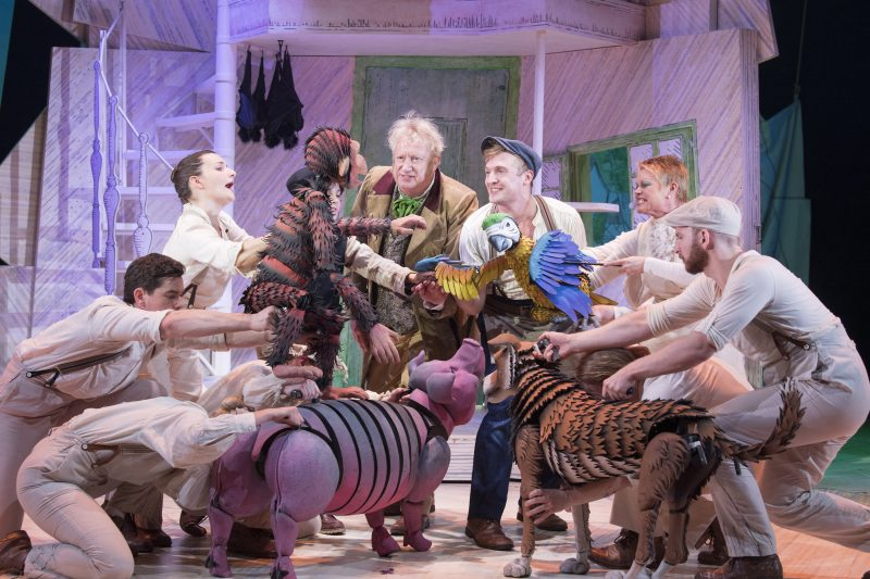 Mark Williams Doctor Dolittle Patrick Sullivan Matthew Mugg Vicky Entwistle Polynesia and the cast of DOCTOR DOLITTLE. Credit Alastair Muir