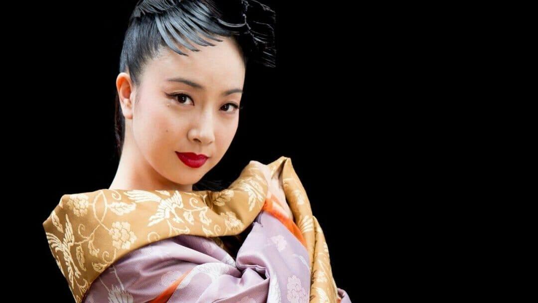 Sara Kobayashi c. Hikaru