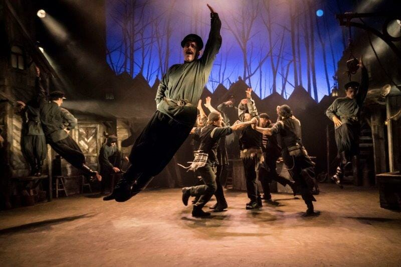 The West End cast of Fiddler on the Roof credit Johan Persson