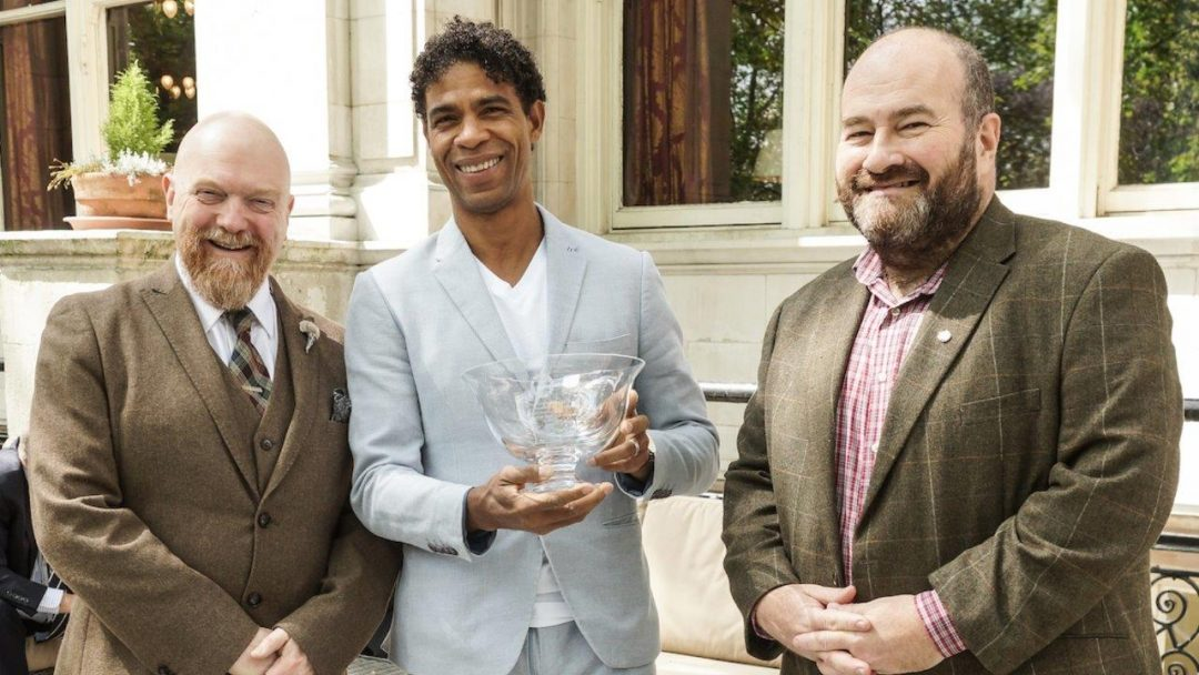 Carlos Acosta CBE with Dance Section Graham Watts left and Mark Shenton President of the Critics Circle Photo Peter Hogan