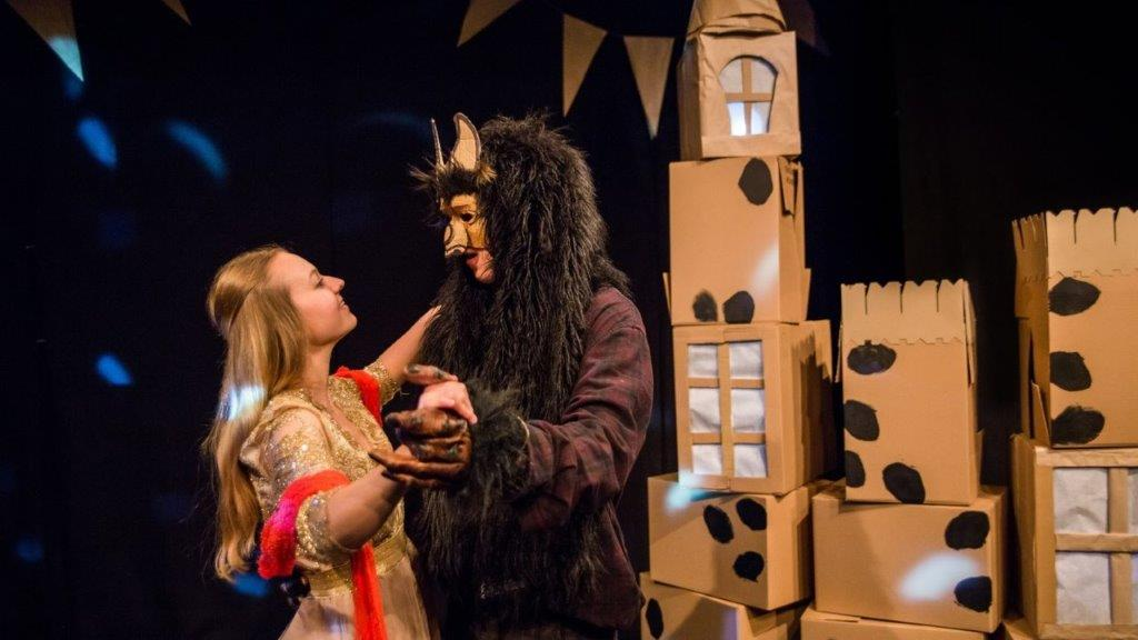 Kayleigh Barnes and Linus Karp in Beauty and the Beast c. Jellyfish Theatre