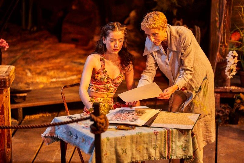 Emma Canning as Charlotte Goodall and Lia Williams as Hannah Jelkes c Brinkhoff.Moegenburg.