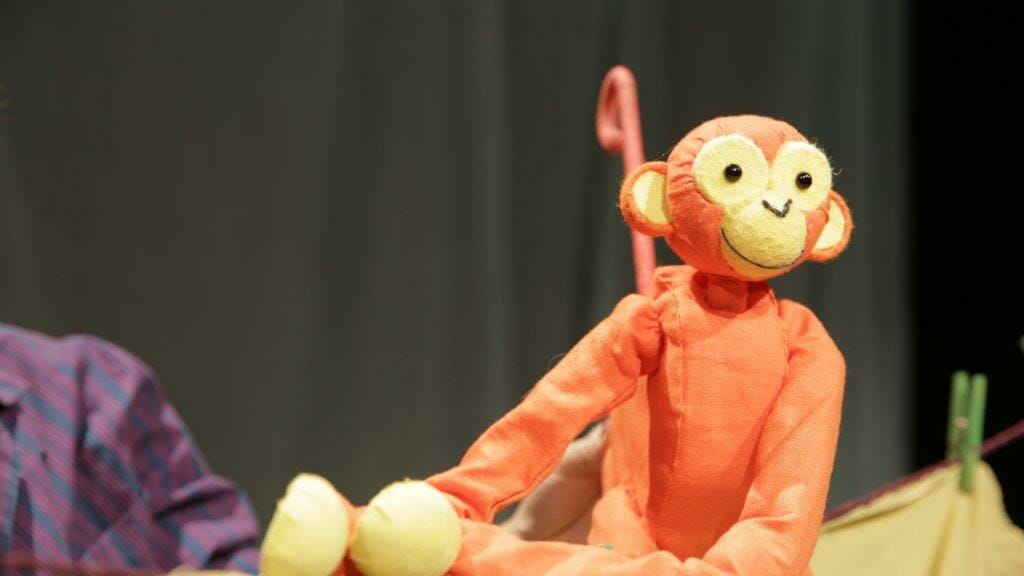 Christmas Run Park.Five Little Christmas Monkeys To Run At Park Theatre This