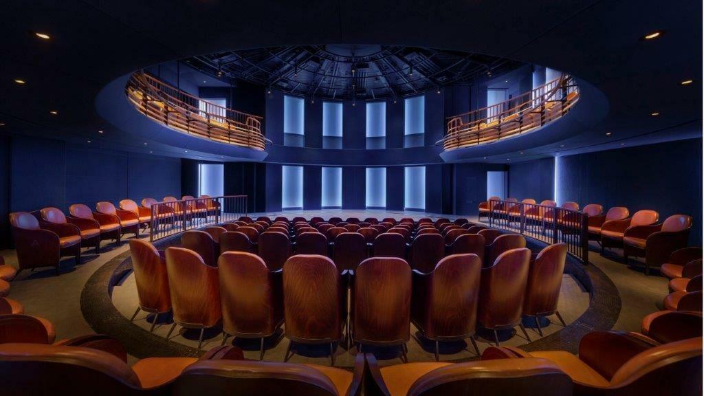 Boulevard Theatre c. Tom Lee