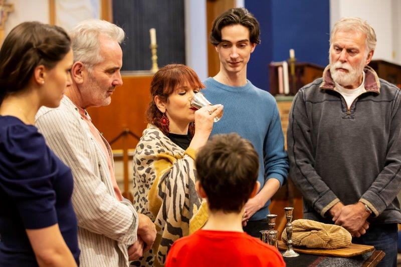 Debbie Chazen centre and the cast in rehearsals for RAGS credit Pamela Raith