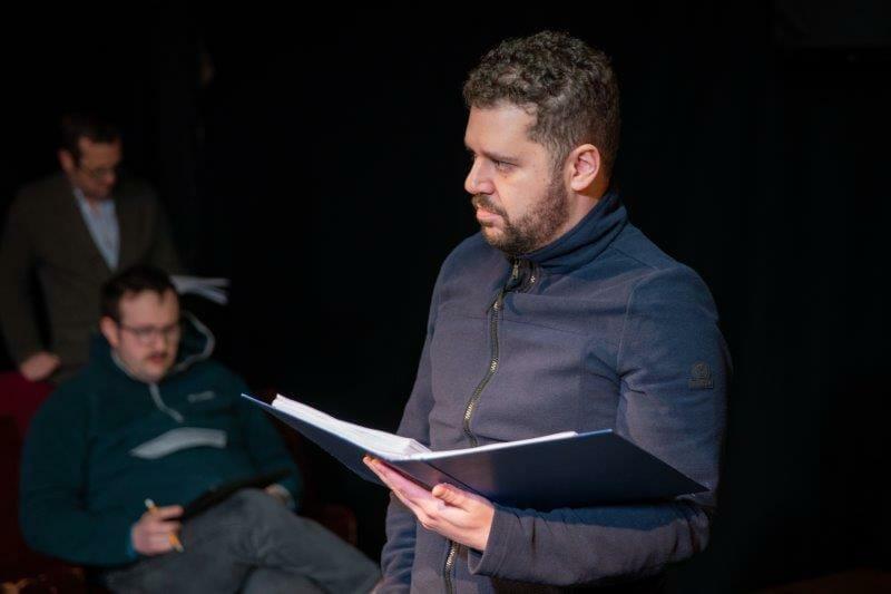 Roberto Barbaro in rehearsals for Opera Undone Tosca La bohème credit Beastly Studios