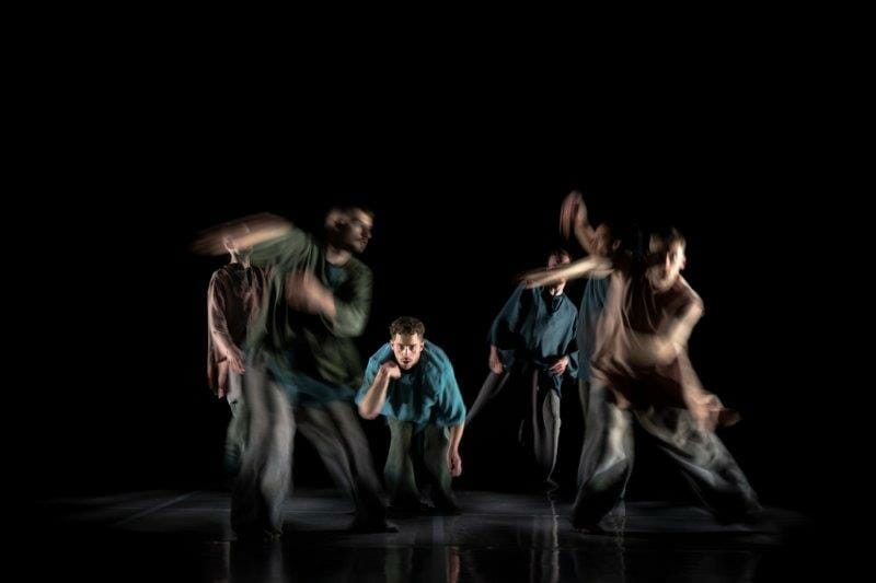 BalletBoyz presents Deluxe Ripple. Will Thompson centre. Credit George Piper