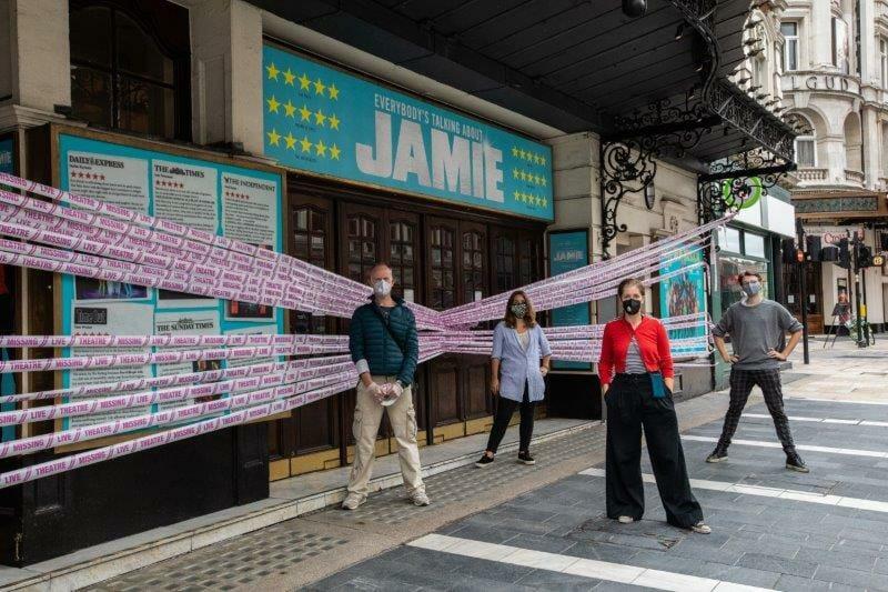 scenechange MissingLiveTheatre Apollo Theatre. photo by Ali Wright